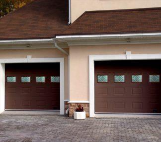 Гаражные секционные ворота подъемные Дорхан 4700*2700 с окнами и приводом