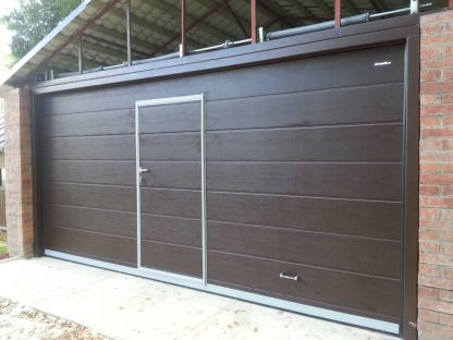 Гаражные секционные Ворота Дорхан 4500*2200 с автоматикой и калиткой