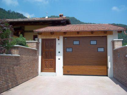 Гаражные подъемные ворота  секционные  Дорхан 2800*2600 с окнами 1
