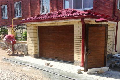 Гаражные подъемные секционные ворота (RSD02) 2250*2300