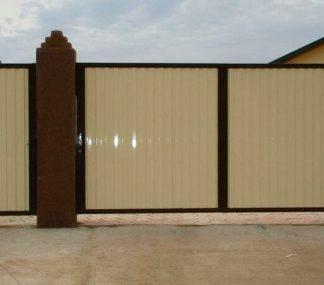 Распашные ворота металлические из профнастила 3500х2250