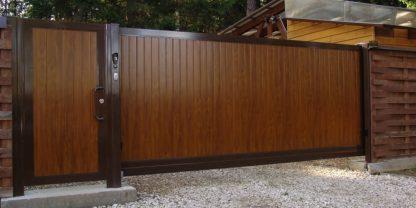 Откатные ворота с автоматикой из сендвич панелей Дорхан 4500х2200